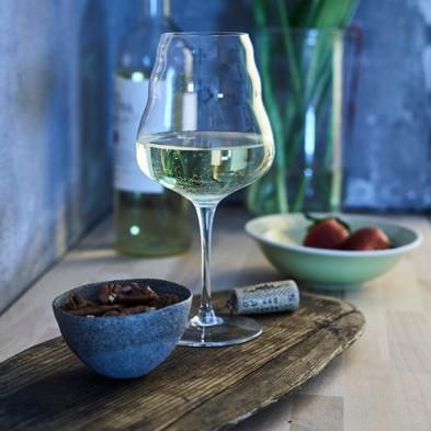 copa-de-vino-blanco-Calix-Natures-Design-Ecovidasolar